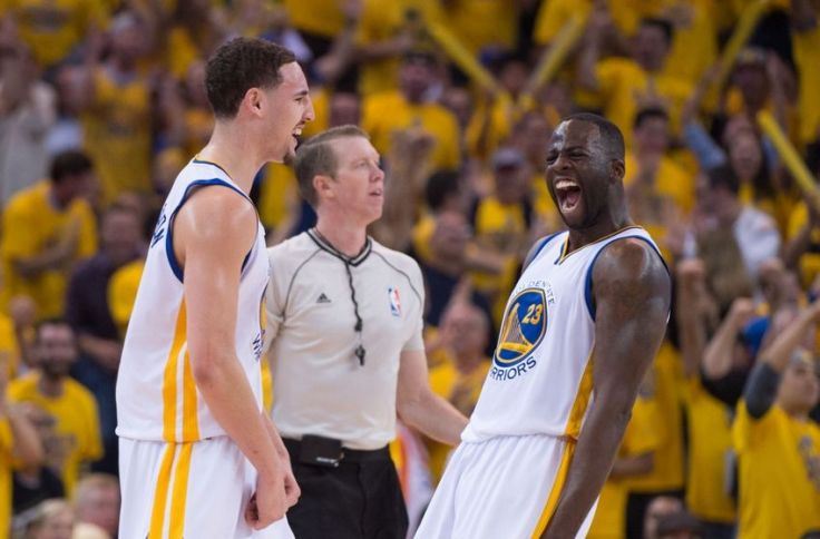 klay-thompson-draymond-green-nba-playoffs-memphis-grizzlies-golden-state-warriors-850x560