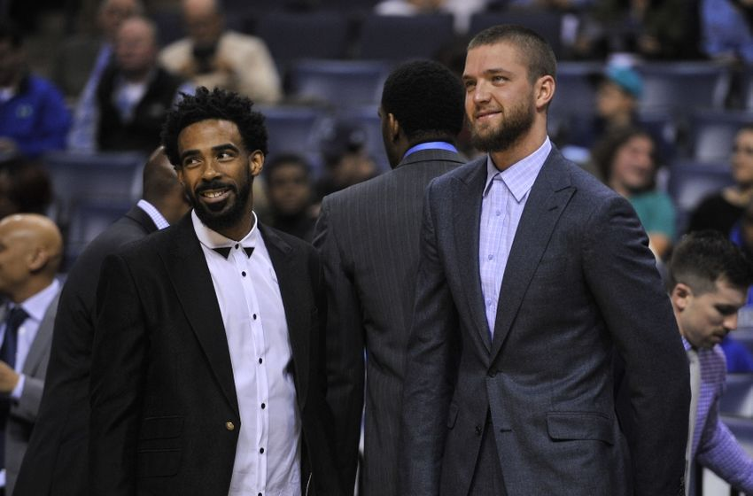 9716087-mike-conley-chandler-parsons-nba-orlando-magic-memphis-grizzlies-1-850x560